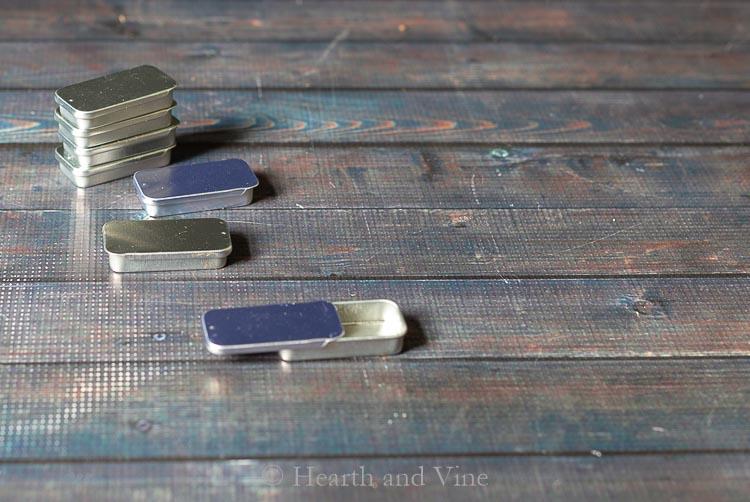 Metal Slider tins