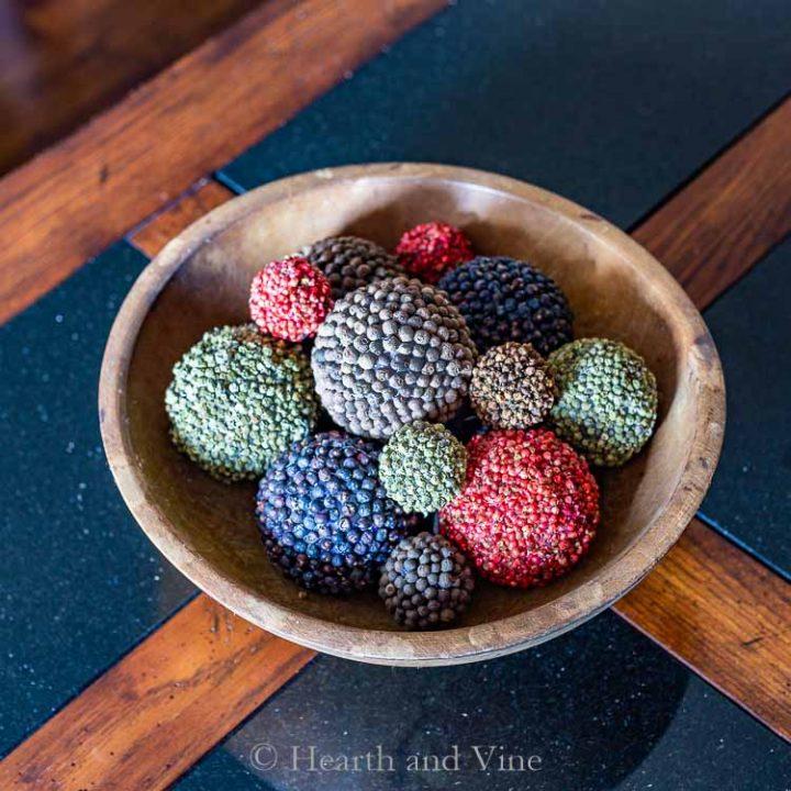 Multi spice pomander balls