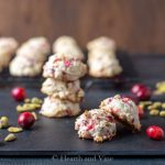Fresh cranberry and pistachio cake cookies