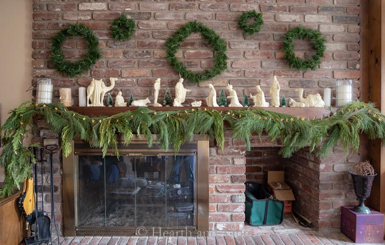 Christmas mantel with wreath gallery