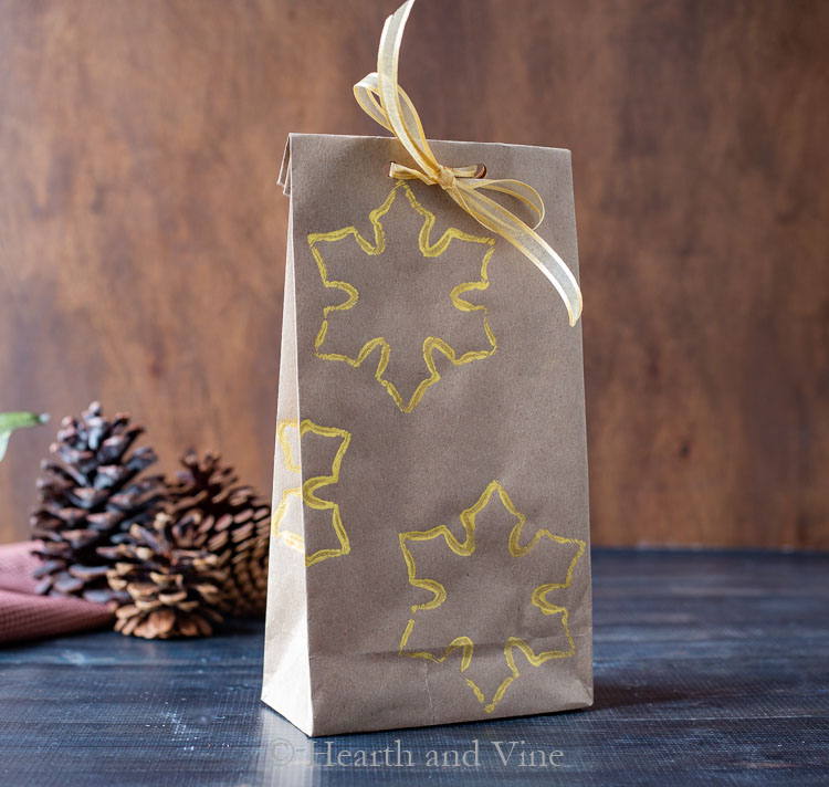 Diy wrapping paper into a bag