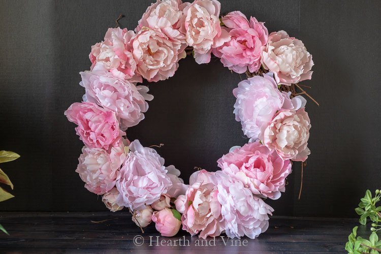 Full set of peonies on wreath