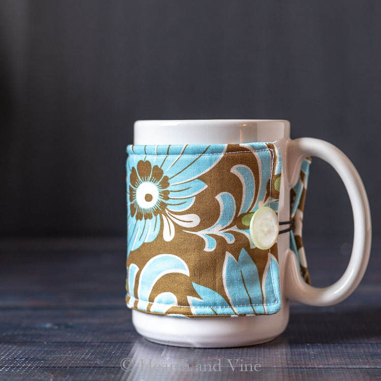 blue and brown mug cozy
