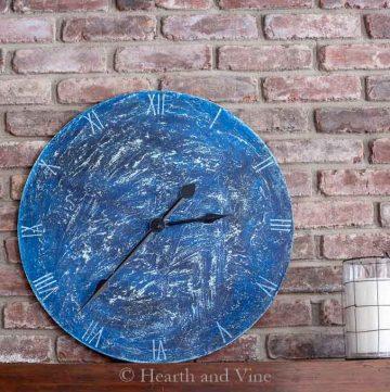 Salt paint clock project