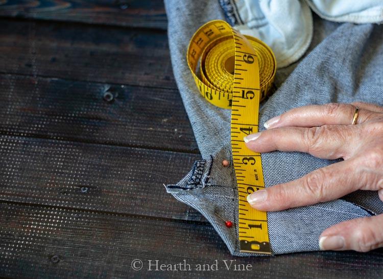 Measuring tape on bottom of jean bag