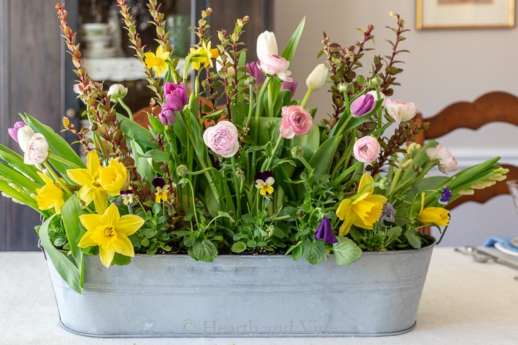 Easter flower centerpiece