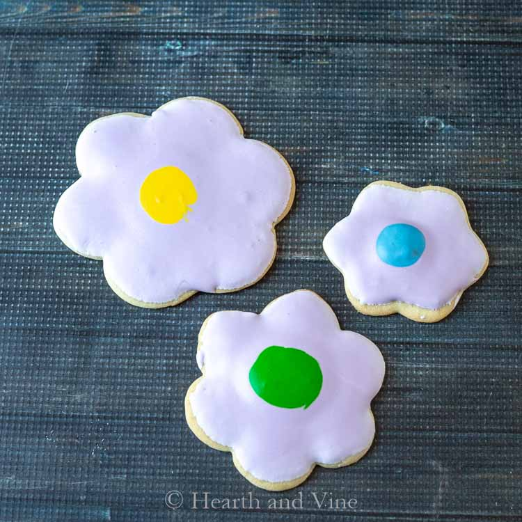Flower sugar cookies with lavender icing