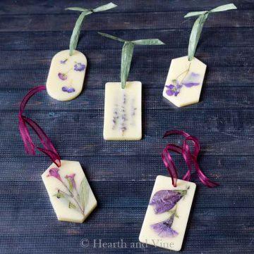 5 pressed flower wax sachets