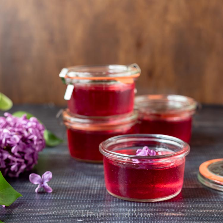 Lilac jelly in weck jars