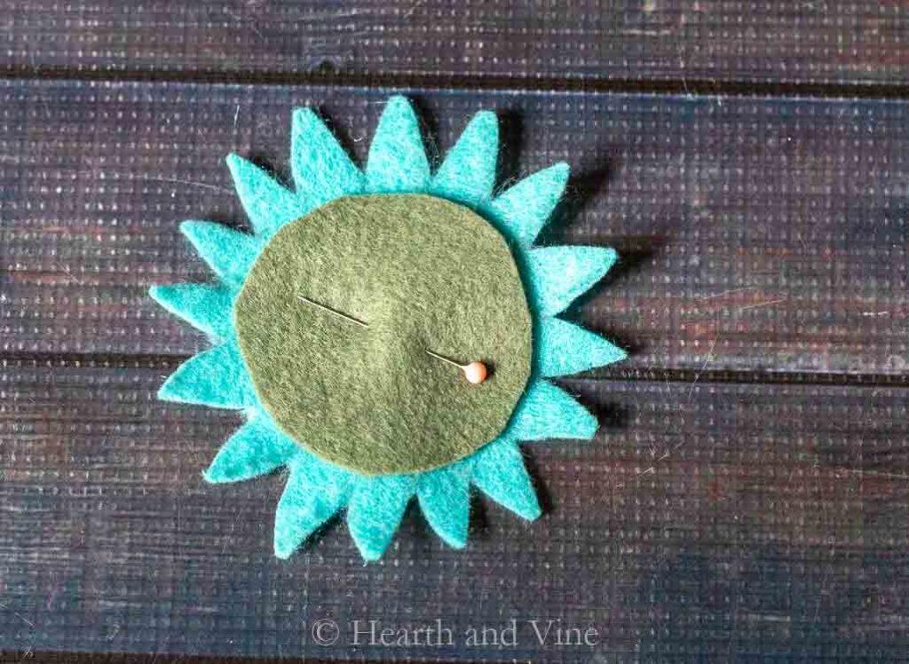 felt flower top of pincushion