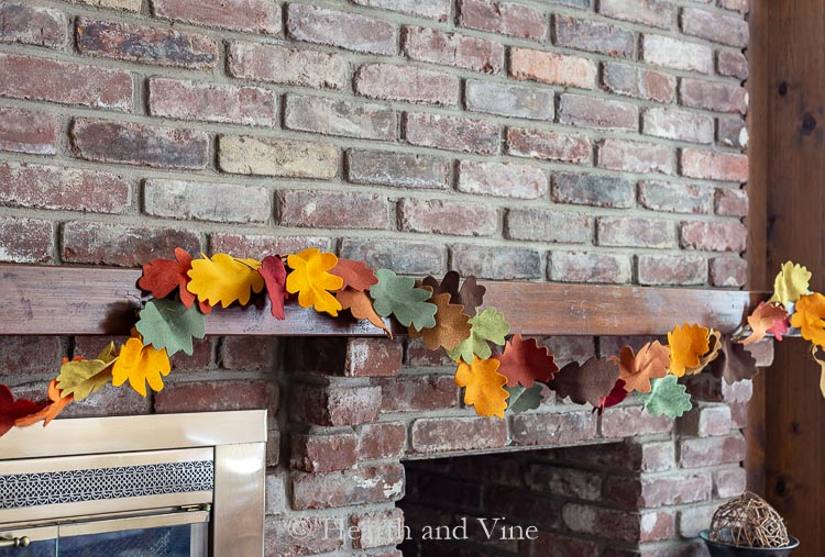 Felt fall leaf garland