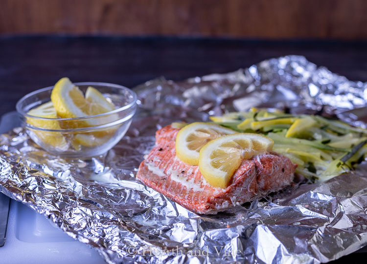 Salmon foil packet grill
