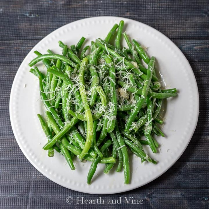 Sauteed Fresh Green Beans with Garlic and Asiago Cheese