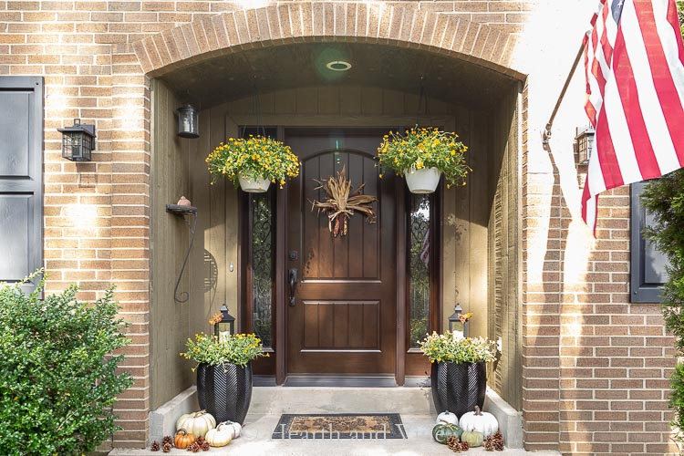 Front of house decorated for fall