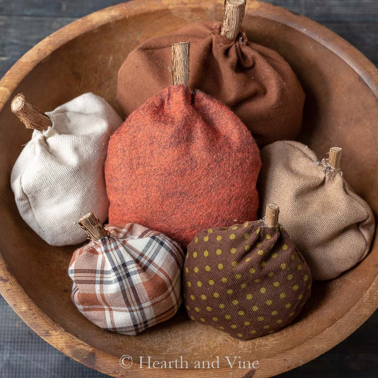 fabric pumpkins scented and primitive