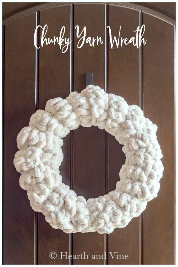 DIY chunky yarn wreath