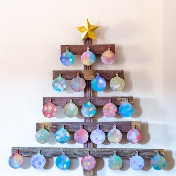 Wooden advent calendar - shiny side