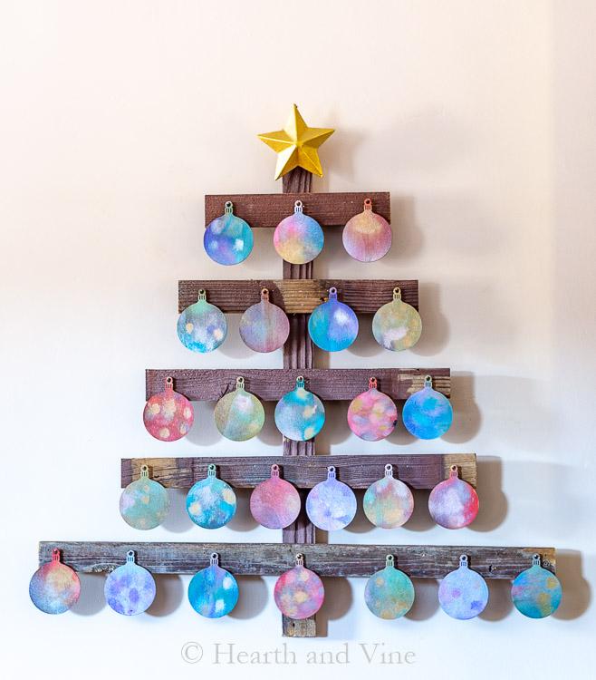 Wooden advent calendar - shiny side