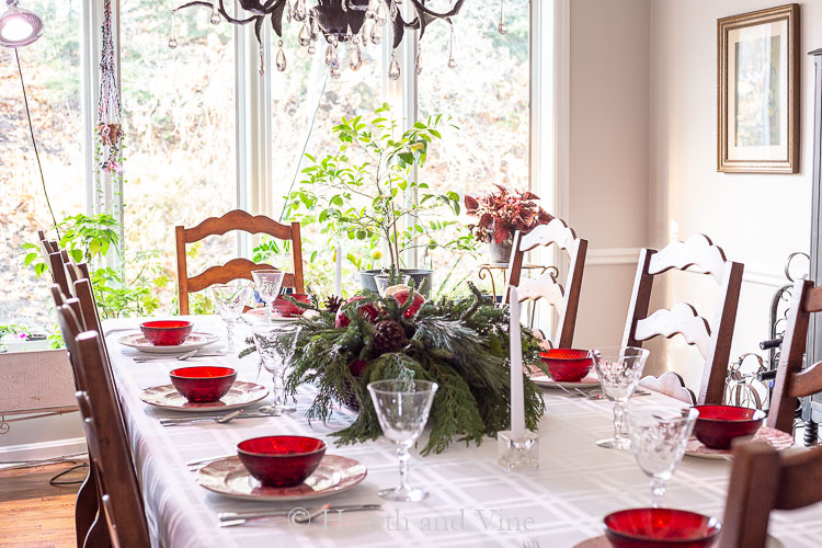 Christmas table decorations with natural centerpiece