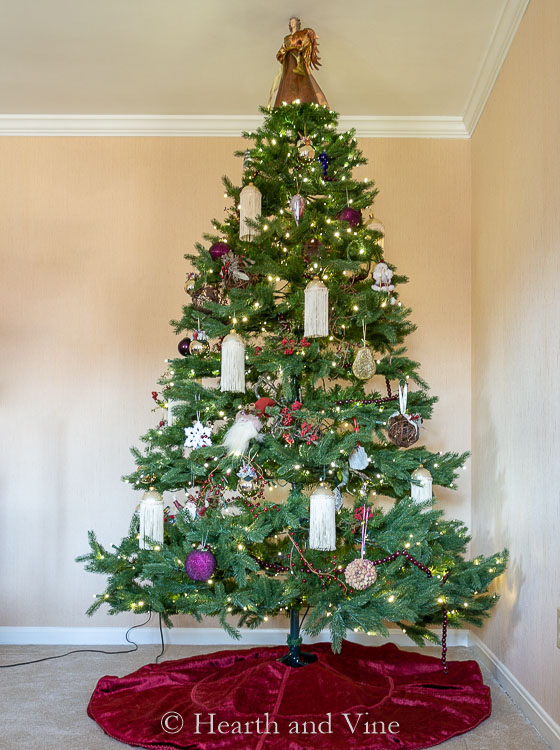 Full length image of a decorated Christmas tree