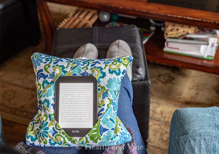 Holder for kindle on lap