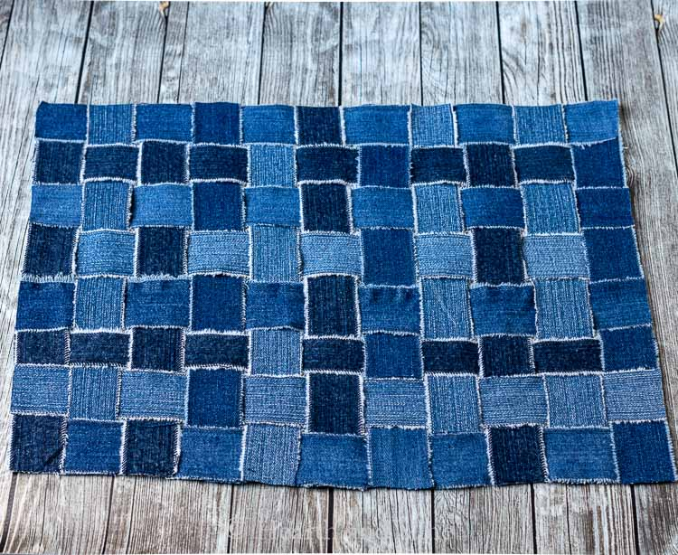 Upcycling jeans to make a woven placemat