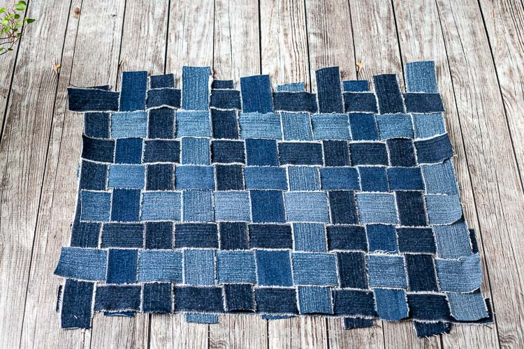 Finished woven denim strips