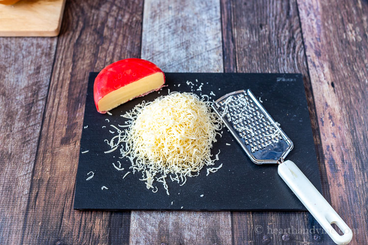 Grated Gouda cheese