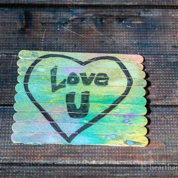 "Craft stick puzzle ""Love U"""