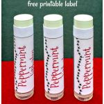 Three lips balms in peppermint flavor.