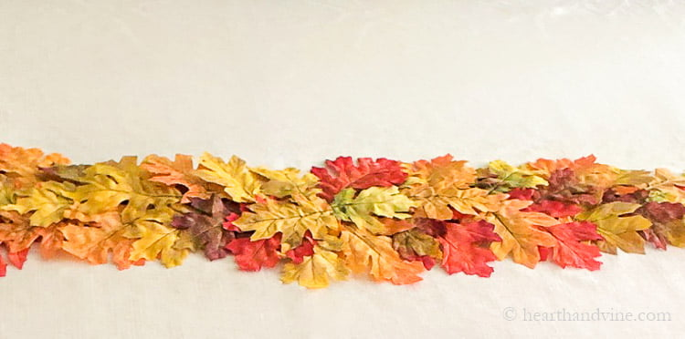 The center portion of the faux leave fall table runner.