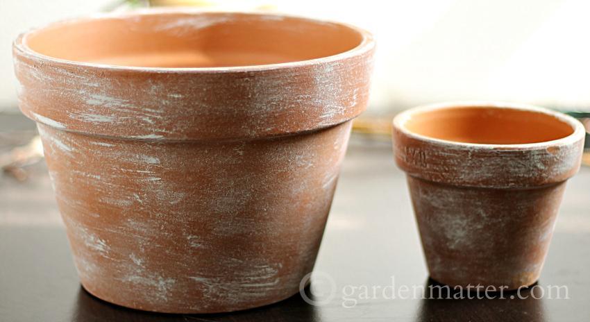 Aging Pots ~ Flower Pot Centerpiece ~ gardenmatter.com