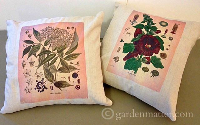 Two easy ways to transfer beautiful botanical prints onto pillows.