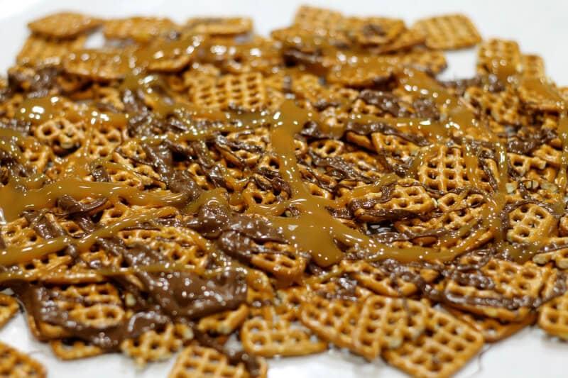 Chocolate Caramel Pretzel Treats - Drizzle Chocolate & Caramel
