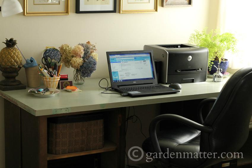 DIY Desk ~ Old Doors ~gardenmatter.com