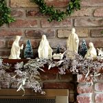 DIY Seeded Eucalyptus Garland