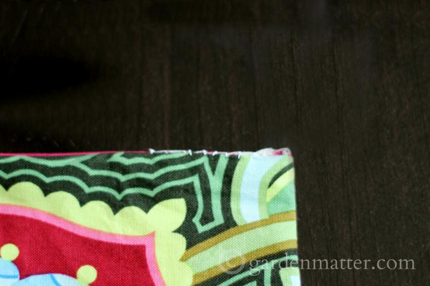 Topping stitching fabric card holder