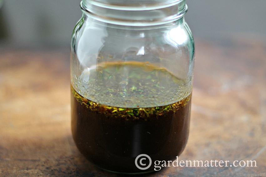 Herbal Vinaigrette Dressing ~gardenmatter.com