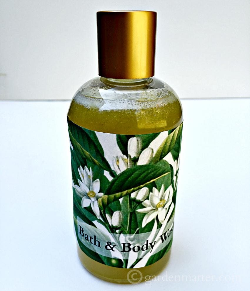 How to Make Your Own Bath & Body Wash