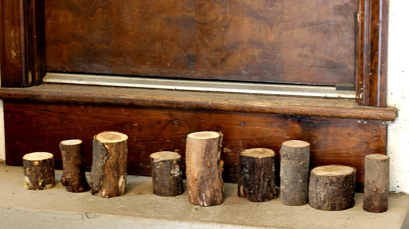 Lining up log candlesticks