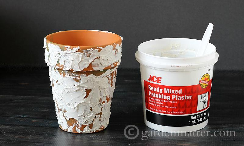Plaster on Pot - Aged Pots - gardenmatter.com