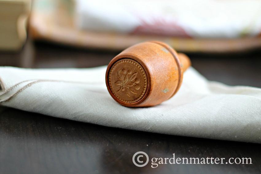 Round Plunger Butter Mold ~gardenmatter.com
