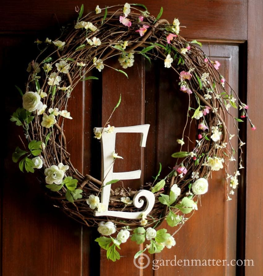 Spring Wreath E on Wood Door
