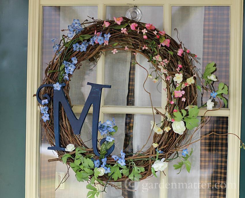 Spring Wreath M ~gardenmatter.com
