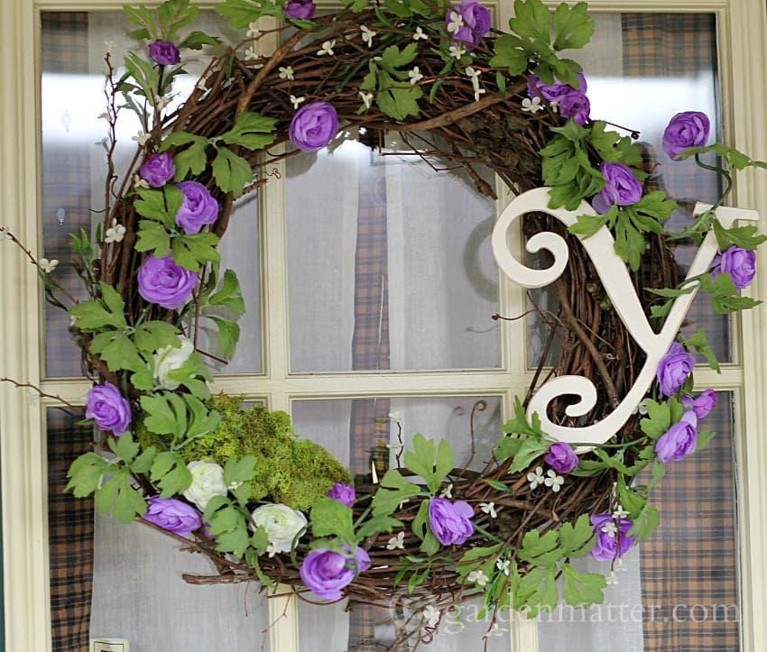 Spring Wreath Y ~gardenmatter.com