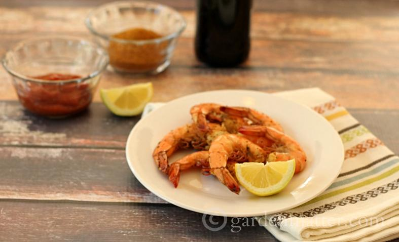 Enjoy this quick and easy steamed shrimp recipe using old bay seasoning and beer.