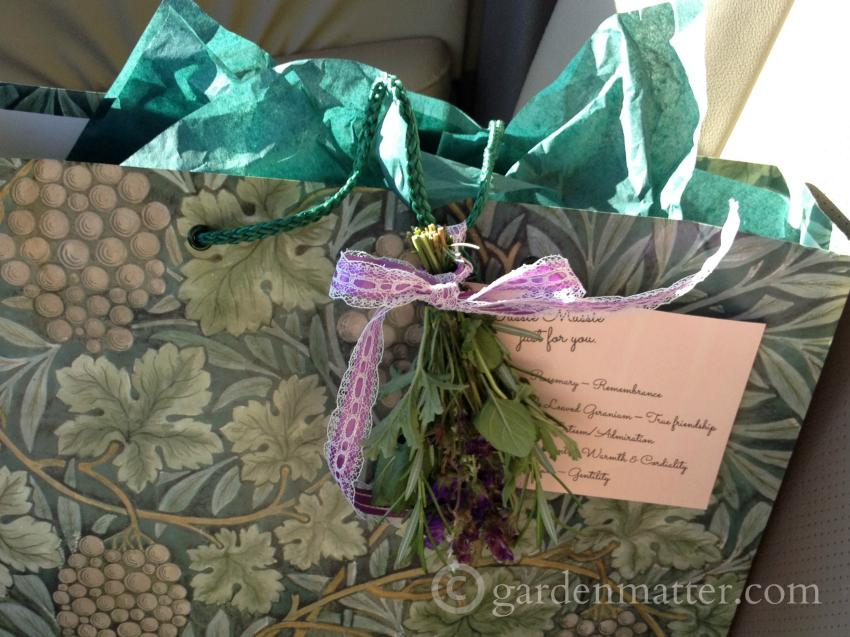 Learn how to create a tussie mussie for a beautiful gift with meaning.